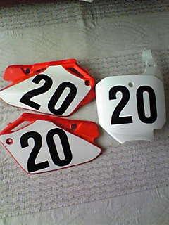 レースの準備_b0007835_1953513.jpg