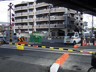矢野大井踏切移設工事が完了し供用開始_b0095061_7273983.jpg