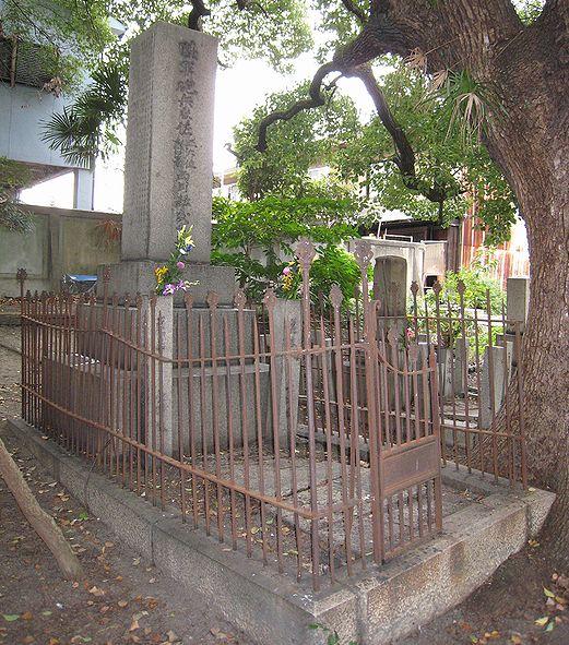 真田山陸軍墓地_f0139570_16541574.jpg