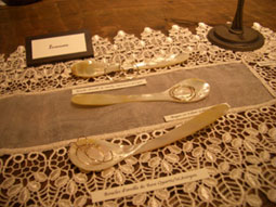 Tiara銀座店 1周年記念フェア_f0009782_122259.jpg