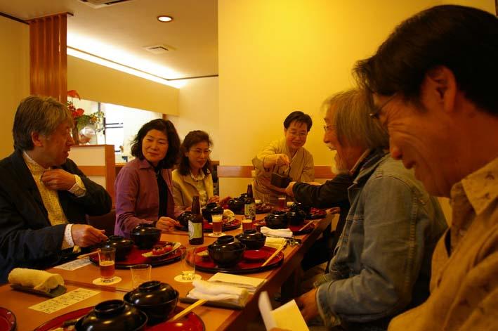 「ガイドブックに載らない北鎌倉の神々」の販売、好調持続_c0014967_552167.jpg