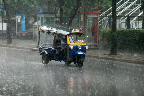 Go Tuktuk !! (2)_b0131470_16192483.jpg