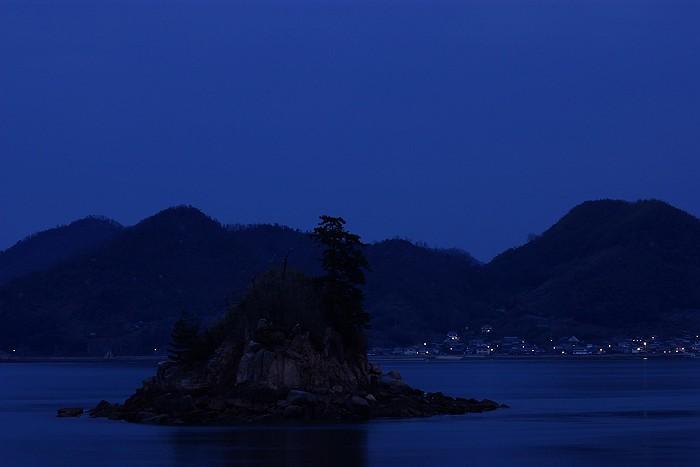瀬戸内の海に浮かぶ小島 笹島_c0152379_7512357.jpg