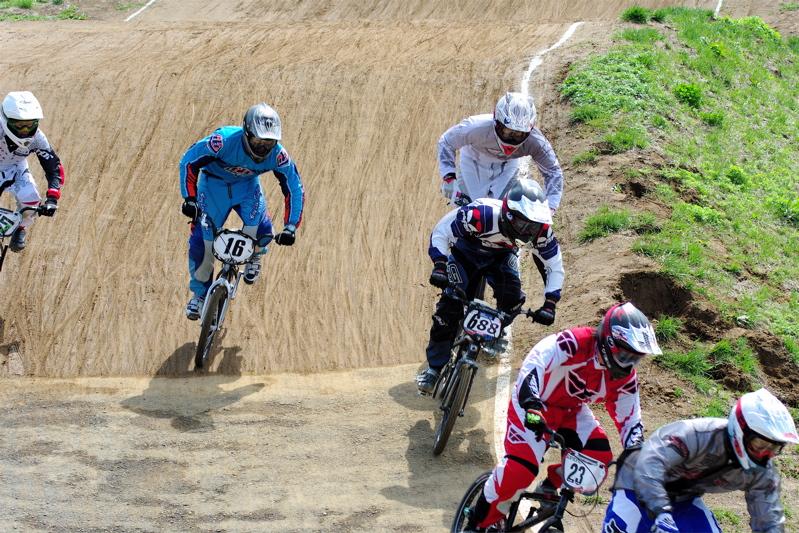 2008JBMXF全日本BMX選手権大会INひたちVOL2エリートクラス予選第3ヒート~準決勝_b0065730_0553311.jpg