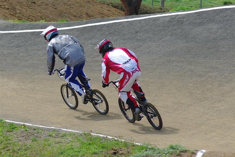 2008JBMXF全日本BMX選手権大会INひたちVOL2エリートクラス予選第3ヒート~準決勝_b0065730_056185.jpg