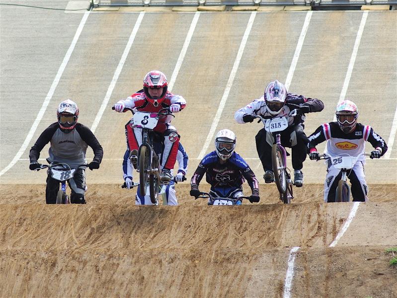 2008JBMXF全日本BMX選手権大会INひたちVOL2エリートクラス予選第3ヒート~準決勝_b0065730_0582296.jpg