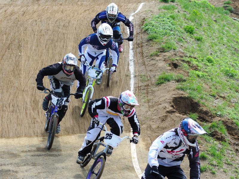 2008JBMXF全日本BMX選手権大会INひたちVOL2エリートクラス予選第3ヒート~準決勝_b0065730_0591965.jpg