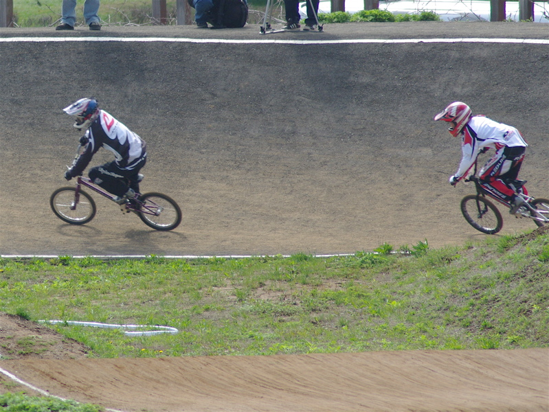 2008JBMXF全日本BMX選手権大会INひたちVOL2エリートクラス予選第3ヒート~準決勝_b0065730_10021.jpg