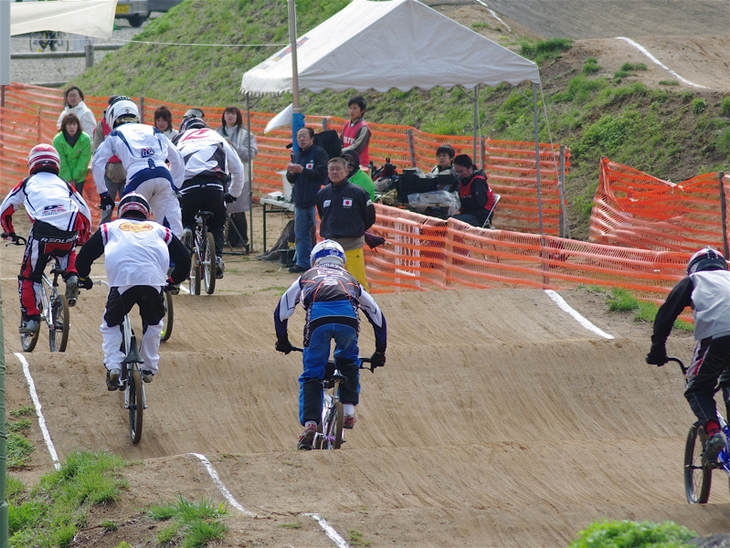 2008JBMXF全日本BMX選手権大会INひたちVOL2エリートクラス予選第3ヒート~準決勝_b0065730_105348.jpg