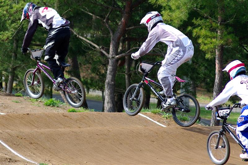 2008JBMXF全日本BMX選手権大会INひたちVOL2エリートクラス予選第3ヒート~準決勝_b0065730_1124941.jpg