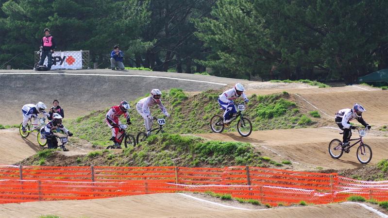 2008JBMXF全日本BMX選手権大会INひたちVOL2エリートクラス予選第3ヒート~準決勝_b0065730_1134070.jpg
