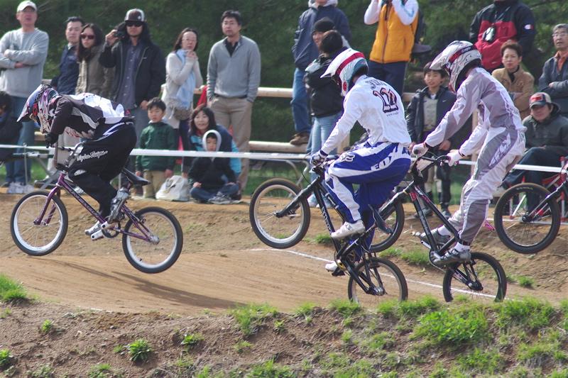 2008JBMXF全日本BMX選手権大会INひたちVOL2エリートクラス予選第3ヒート~準決勝_b0065730_113665.jpg