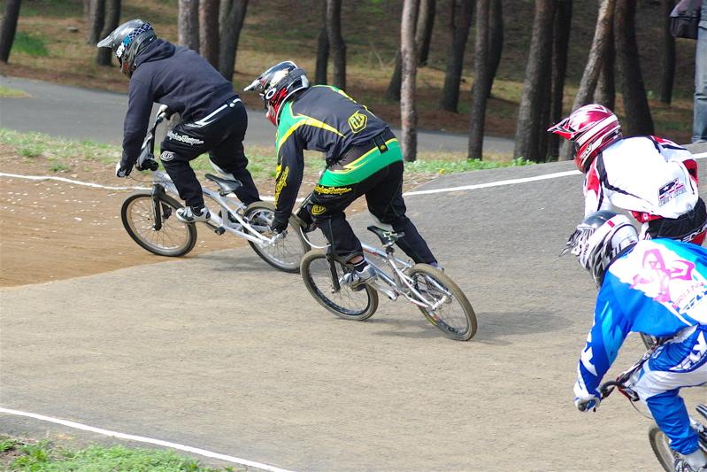 2008JBMXF全日本BMX選手権大会INひたちVOL2エリートクラス予選第3ヒート~準決勝_b0065730_1233192.jpg