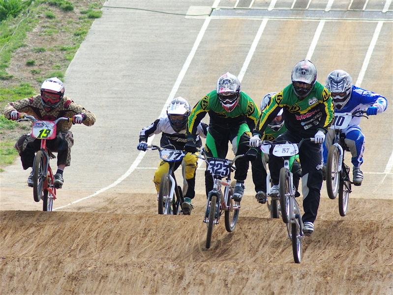 2008JBMXF全日本BMX選手権大会INひたちVOL2エリートクラス予選第3ヒート~準決勝_b0065730_123382.jpg