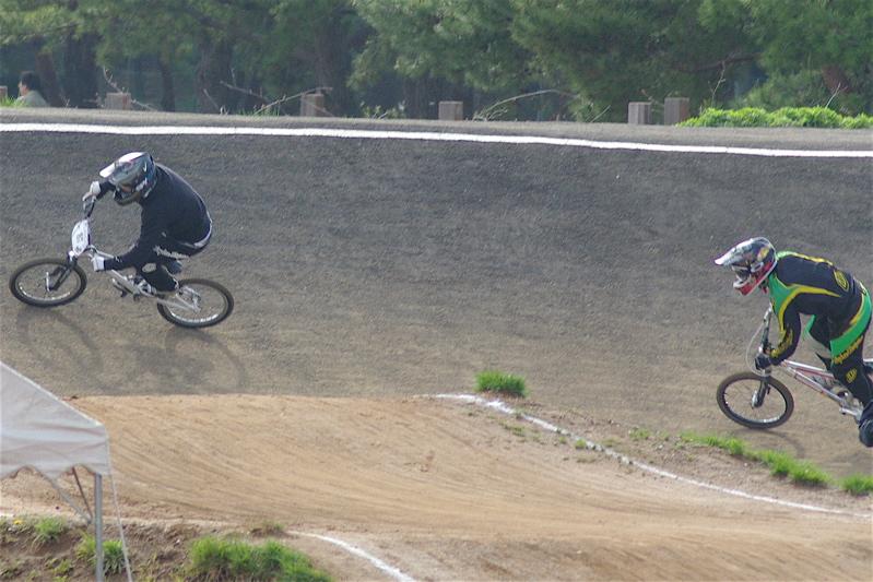 2008JBMXF全日本BMX選手権大会INひたちVOL2エリートクラス予選第3ヒート~準決勝_b0065730_1242186.jpg
