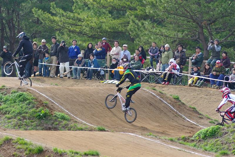 2008JBMXF全日本BMX選手権大会INひたちVOL2エリートクラス予選第3ヒート~準決勝_b0065730_124542.jpg