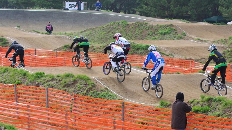 2008JBMXF全日本BMX選手権大会INひたちVOL2エリートクラス予選第3ヒート~準決勝_b0065730_1252195.jpg