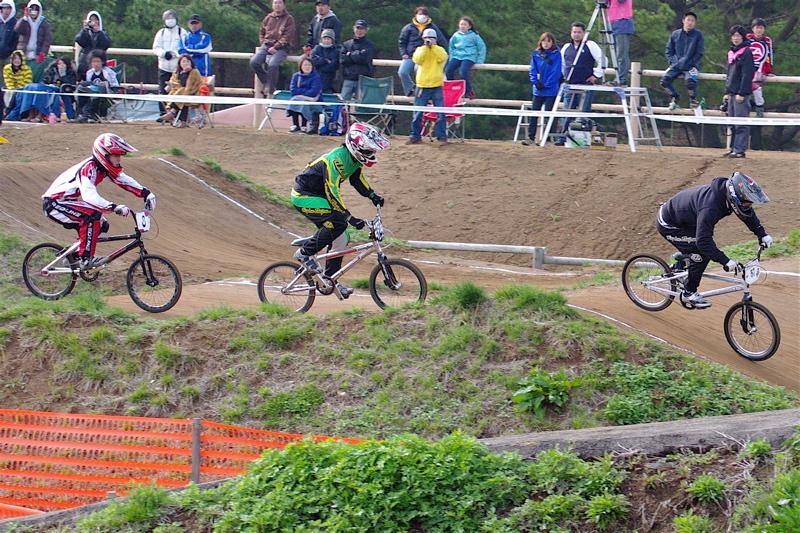 2008JBMXF全日本BMX選手権大会INひたちVOL2エリートクラス予選第3ヒート~準決勝_b0065730_125728.jpg