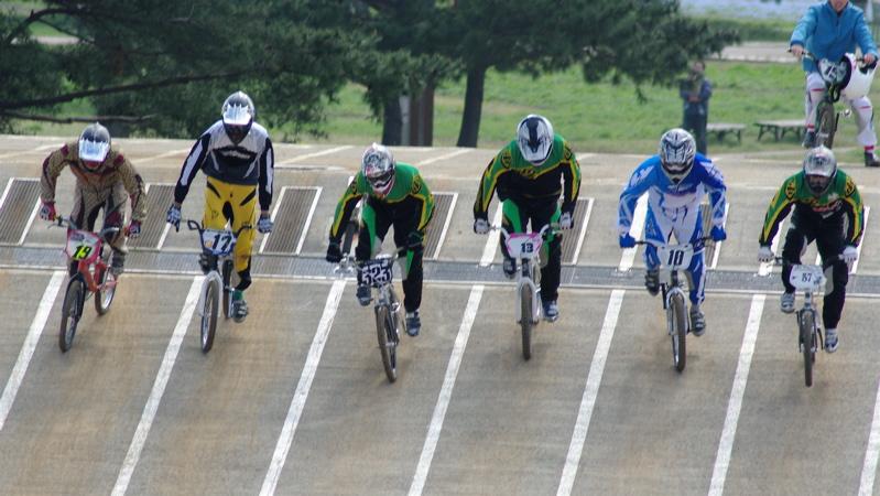 2008JBMXF全日本BMX選手権大会INひたちVOL2エリートクラス予選第3ヒート~準決勝_b0065730_12995.jpg