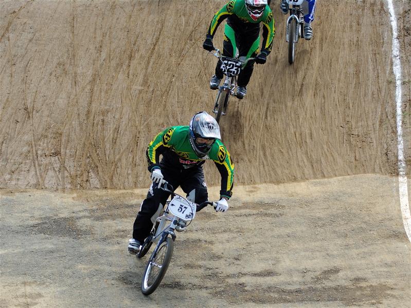 2008JBMXF全日本BMX選手権大会INひたちVOL2エリートクラス予選第3ヒート~準決勝_b0065730_132264.jpg