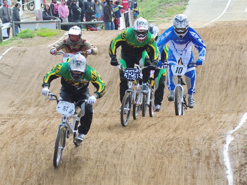 2008JBMXF全日本BMX選手権大会INひたちVOL2エリートクラス予選第3ヒート~準決勝_b0065730_13412.jpg