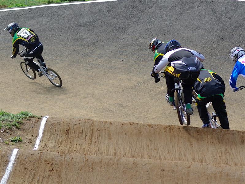 2008JBMXF全日本BMX選手権大会INひたちVOL2エリートクラス予選第3ヒート~準決勝_b0065730_135283.jpg
