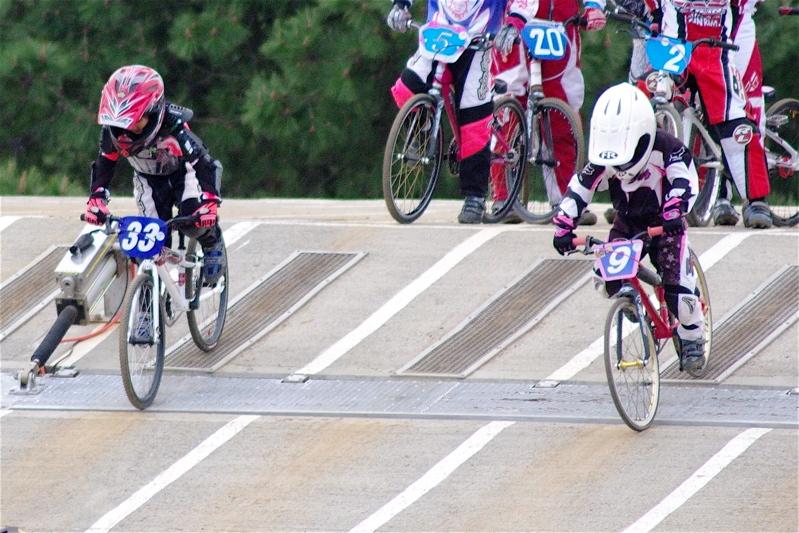 2008JBMXF全日本BMX選手権大会INひたちVOL10ガールズ5〜12才クラス決勝_b0065730_2359248.jpg