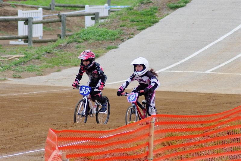 2008JBMXF全日本BMX選手権大会INひたちVOL10ガールズ5〜12才クラス決勝_b0065730_23593866.jpg