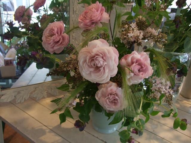 オークリーフ花の教室(望月さんの作品)_f0049672_16202476.jpg