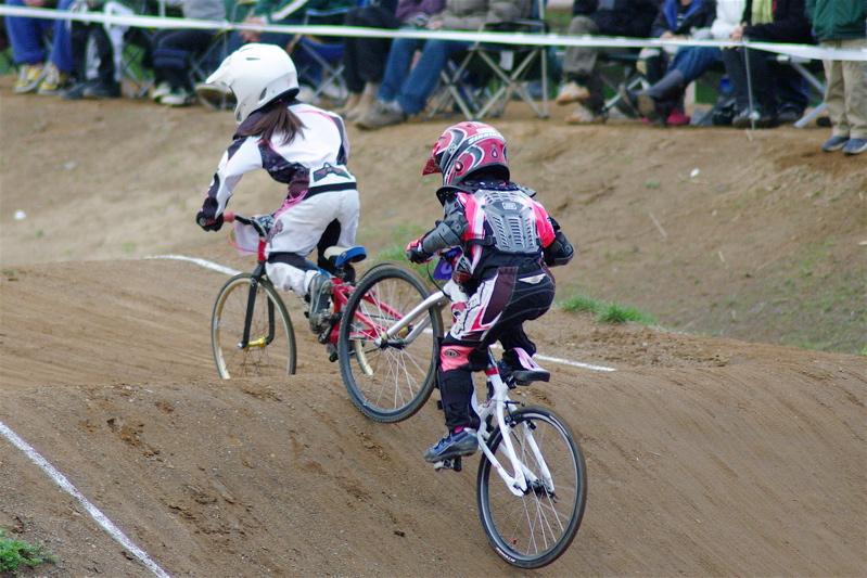 2008JBMXF全日本BMX選手権大会INひたちVOL10ガールズ5〜12才クラス決勝_b0065730_004393.jpg