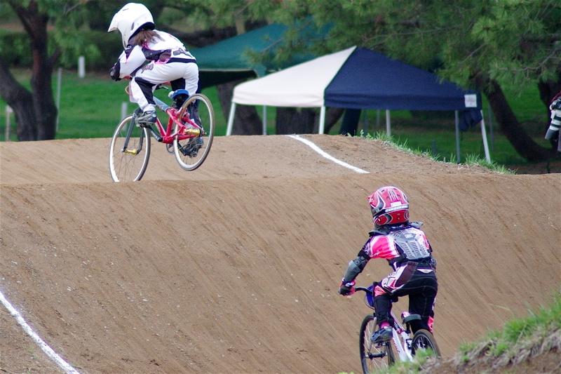 2008JBMXF全日本BMX選手権大会INひたちVOL10ガールズ5〜12才クラス決勝_b0065730_005718.jpg