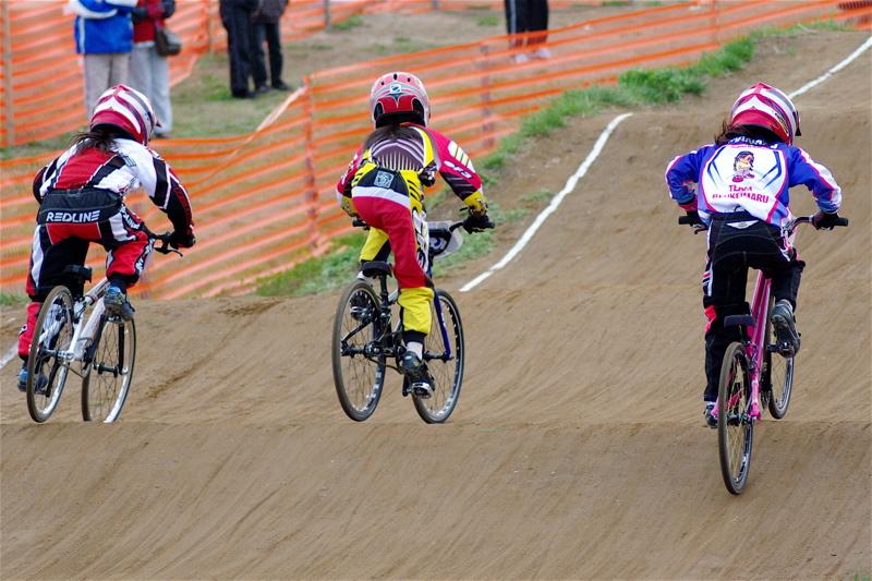 2008JBMXF全日本BMX選手権大会INひたちVOL10ガールズ5〜12才クラス決勝_b0065730_0104549.jpg