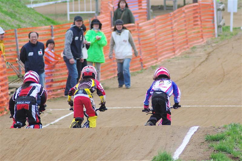 2008JBMXF全日本BMX選手権大会INひたちVOL10ガールズ5〜12才クラス決勝_b0065730_0111494.jpg
