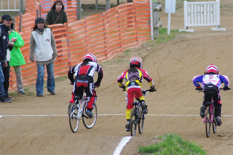 2008JBMXF全日本BMX選手権大会INひたちVOL10ガールズ5〜12才クラス決勝_b0065730_011514.jpg