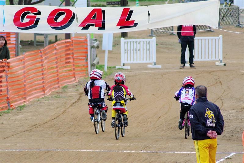 2008JBMXF全日本BMX選手権大会INひたちVOL10ガールズ5〜12才クラス決勝_b0065730_0121952.jpg