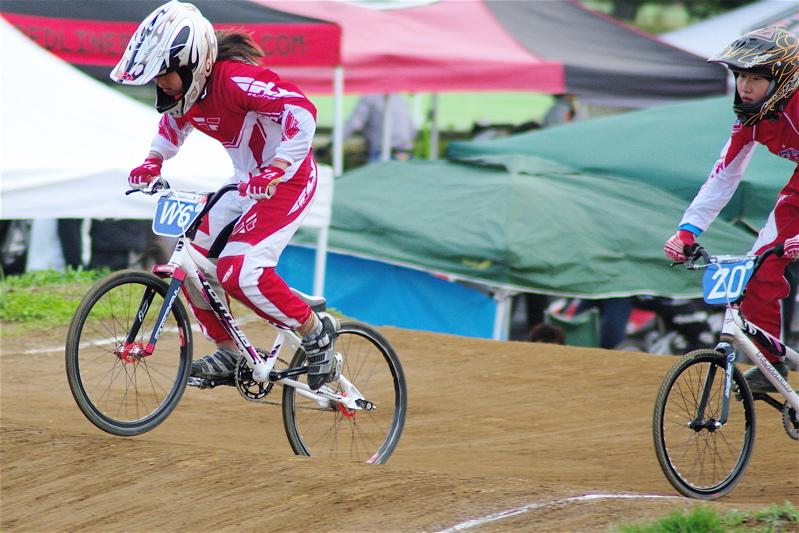 2008JBMXF全日本BMX選手権大会INひたちVOL10ガールズ5〜12才クラス決勝_b0065730_0171930.jpg