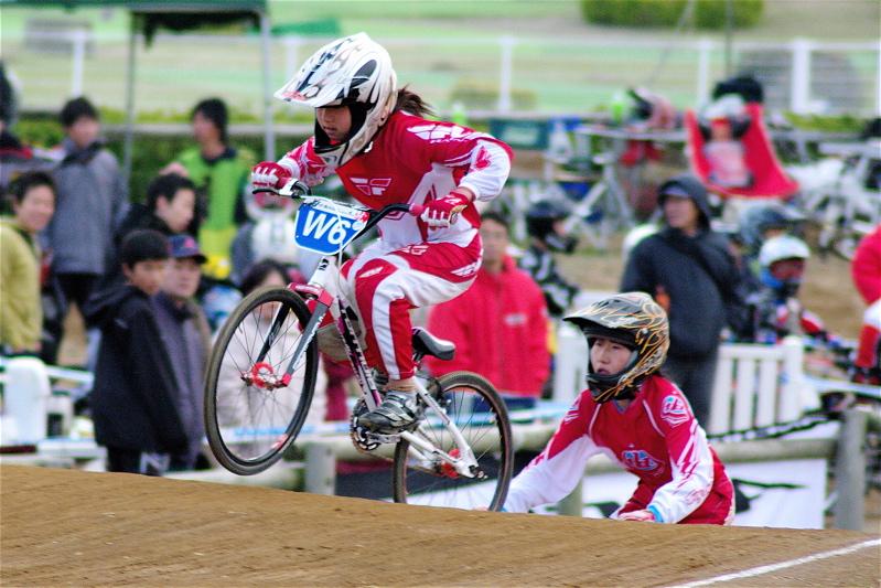2008JBMXF全日本BMX選手権大会INひたちVOL10ガールズ5〜12才クラス決勝_b0065730_017440.jpg