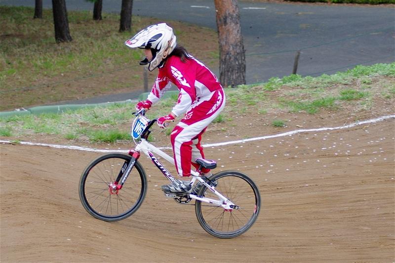 2008JBMXF全日本BMX選手権大会INひたちVOL10ガールズ5〜12才クラス決勝_b0065730_018023.jpg