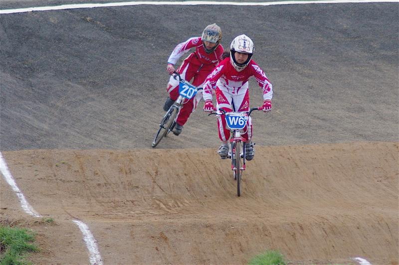 2008JBMXF全日本BMX選手権大会INひたちVOL10ガールズ5〜12才クラス決勝_b0065730_0191077.jpg