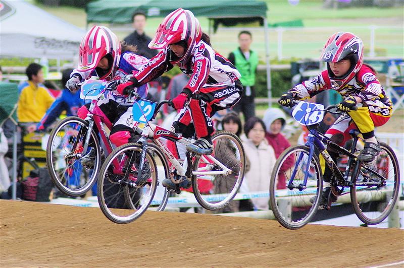 2008JBMXF全日本BMX選手権大会INひたちVOL10ガールズ5〜12才クラス決勝_b0065730_05418.jpg