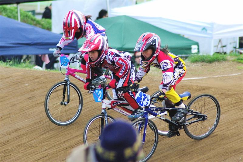 2008JBMXF全日本BMX選手権大会INひたちVOL10ガールズ5〜12才クラス決勝_b0065730_055552.jpg