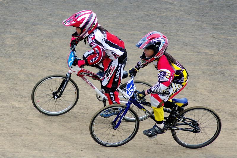 2008JBMXF全日本BMX選手権大会INひたちVOL10ガールズ5〜12才クラス決勝_b0065730_061119.jpg