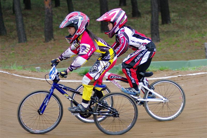 2008JBMXF全日本BMX選手権大会INひたちVOL10ガールズ5〜12才クラス決勝_b0065730_063773.jpg