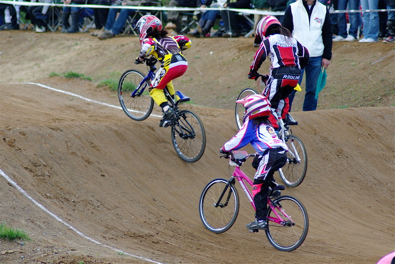 2008JBMXF全日本BMX選手権大会INひたちVOL10ガールズ5〜12才クラス決勝_b0065730_071614.jpg