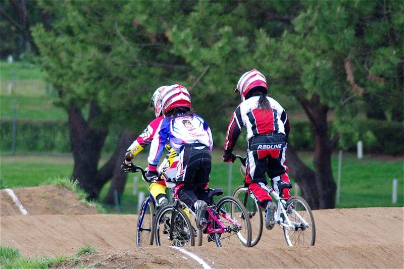 2008JBMXF全日本BMX選手権大会INひたちVOL10ガールズ5〜12才クラス決勝_b0065730_072976.jpg