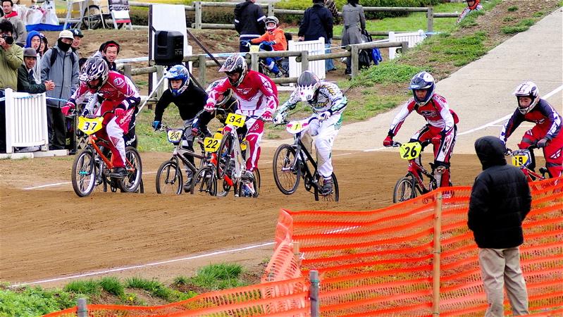 2008JBMXF全日本BMX選手権大会INひたちVOL13ボーイズ13&14、15&16クラス決勝_b0065730_12564164.jpg