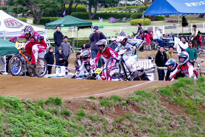 2008JBMXF全日本BMX選手権大会INひたちVOL13ボーイズ13&14、15&16クラス決勝_b0065730_12565367.jpg