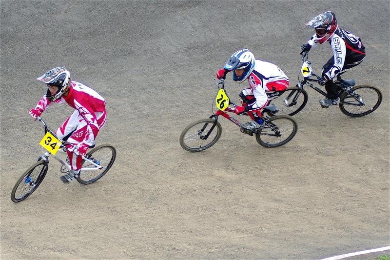 2008JBMXF全日本BMX選手権大会INひたちVOL13ボーイズ13&14、15&16クラス決勝_b0065730_12574415.jpg