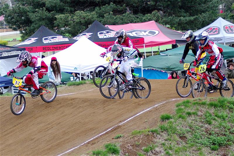 2008JBMXF全日本BMX選手権大会INひたちVOL13ボーイズ13&14、15&16クラス決勝_b0065730_12575100.jpg