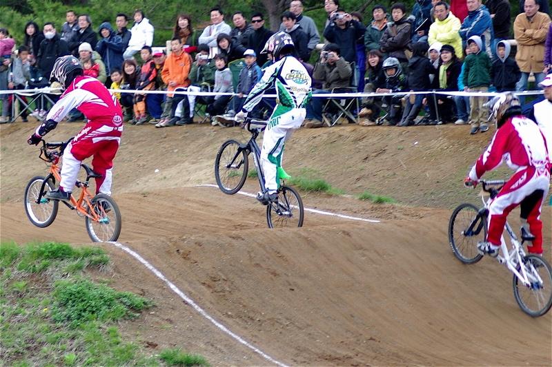 2008JBMXF全日本BMX選手権大会INひたちVOL13ボーイズ13&14、15&16クラス決勝_b0065730_12584434.jpg